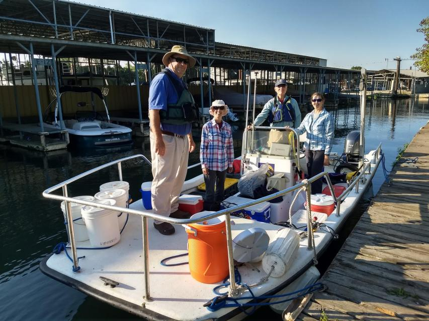 "Crew from Regional San, Applied Marine Sciences, Inc., and San Francisco State University onboard the SFSU vessel ""Twin Vee."" (Photo: Lisa Thompson)"